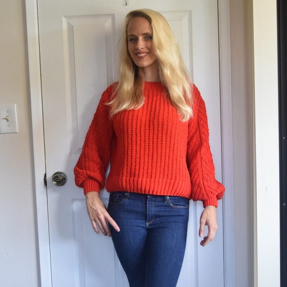 eb9970e1d33 H&M Oversized Cable Knit Red Sweater Xs/S